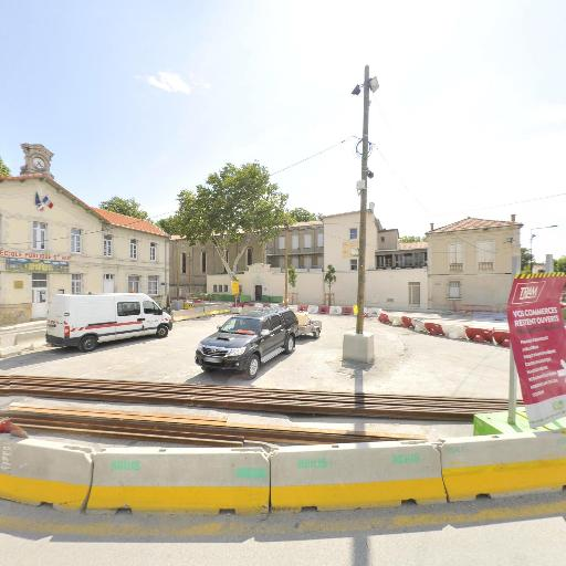 Station vélos Place St Ruf - Vélos en libre-service - Avignon