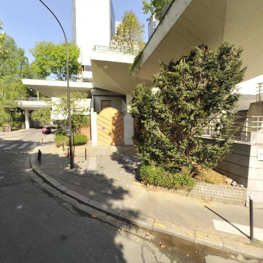 Station Vélib' Emeriau - Place de Brazzaville - Vélos en libre-service - Paris
