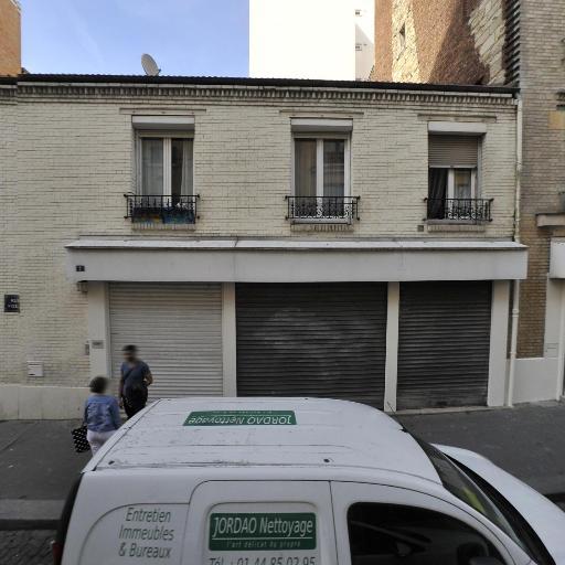 Cev . Fr - Matériel audiovisuel - Paris