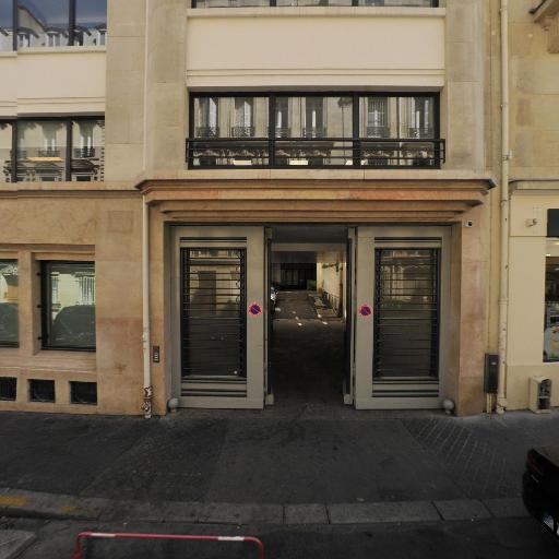 Associés En Finance - Création de sites internet et hébergement - Paris
