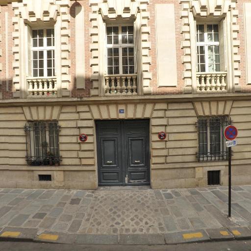 Club 1823 - Matériel de manutention et levage - Paris