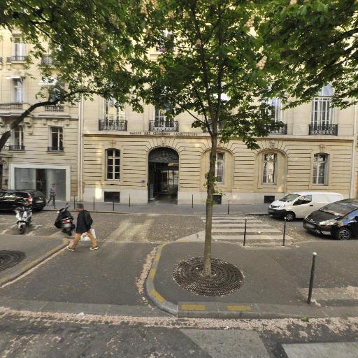 Centre National Des Expositions Et Conc - Organisation d'expositions, foires et salons - Paris