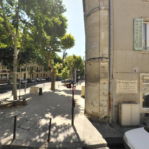 Quenotte SCM - Chirurgien-dentiste et docteur en chirurgie dentaire - Nîmes