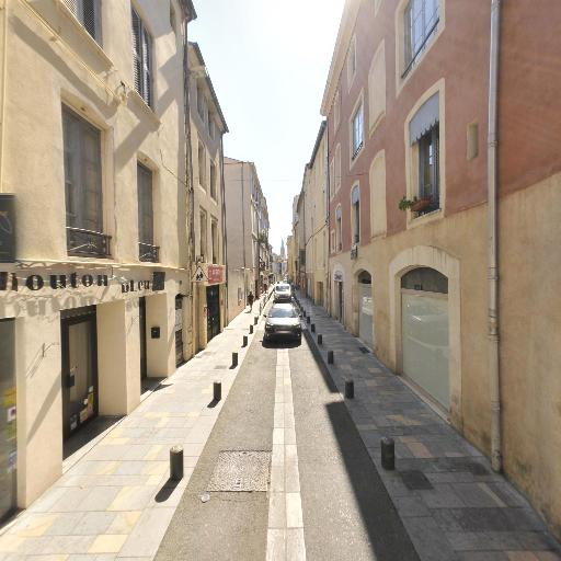 Monsieur Frederic Arnoux - Construction et entretien de piscines - Nîmes