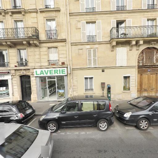 Option 13 - Agence immobilière - Paris