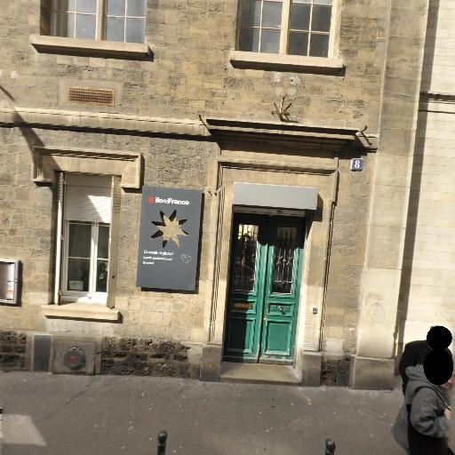 Lycée Professionnel Brassaï - Développement et tirage photo - Paris