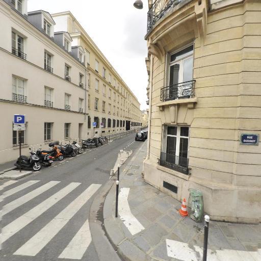 Square Des Saints Simoniens - Parc, jardin à visiter - Paris