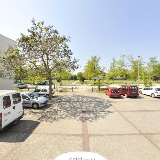 Parc des Deux Rives - Parc et zone de jeu - Troyes