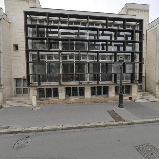 Ecole supérieure d'art et du design I.A.V - Enseignement pour les professions artistiques - Orléans