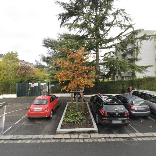 Lycée Pothier - Lycée - Orléans